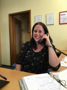 Sandra Elfinger (Sekretariat & Kundenannahme)